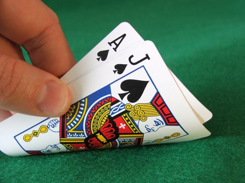 Découvrez les règles du Blackjack, un jeu de cartes qui fait fureur !
