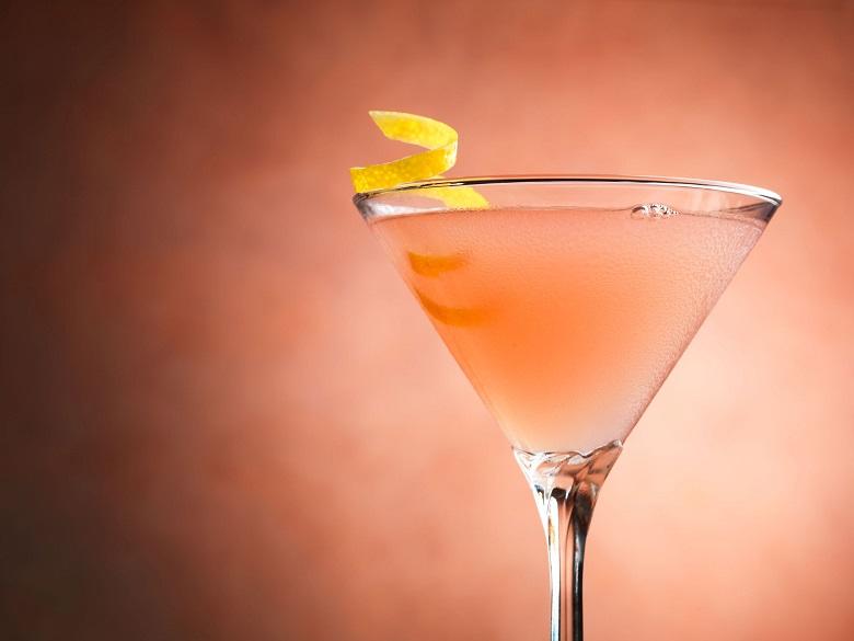 La vraie recette du Cosmopolitain, roi des cocktails 3