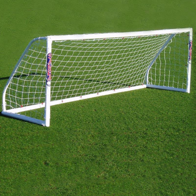 dec16-370_Créer un vrai terrain de foot combien cela coûte image 2